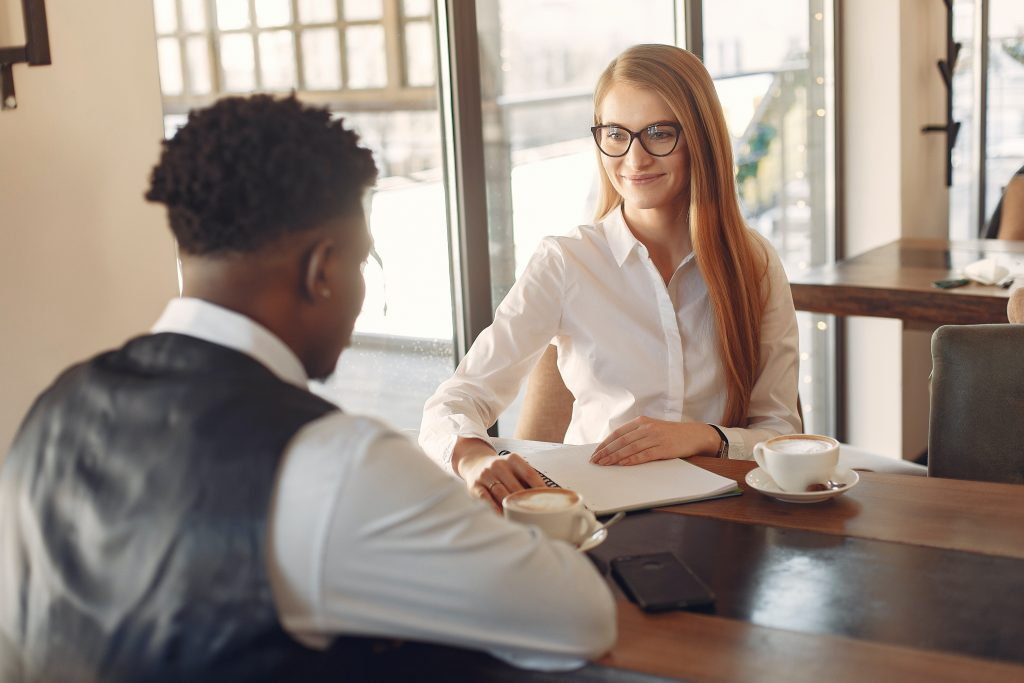 Subverting Expectations In Career Management: Recruiters On Hiring Employees For White Collar Jobs
